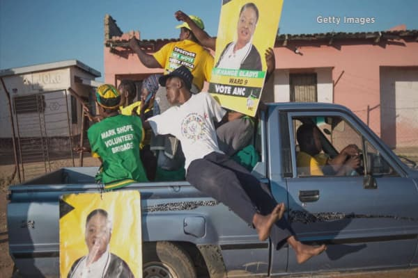 South Africa's ruling party faces new challenges