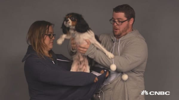 This hoodie lets you wear your pet