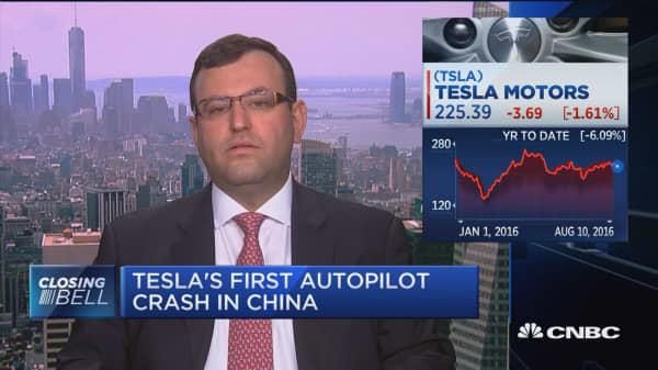 Analyst: Tesla's marketing is misleading