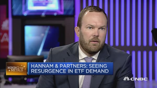 Cost of holding gold is falling: Hannam & Partners