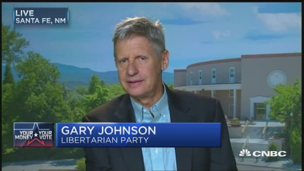 Libertarian Johnson wants to debate