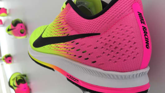 nike yellow and pink shoes olympics