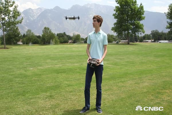 Meet the 18-year-old entrepreneur who built the world's fastest drone