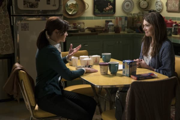 "In ""Gilmore Girls: A Year in the Life,"" Rory Gilmore bombs an interview after showing up unprepared."