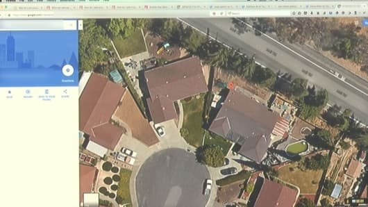 Using free software, Chris Hadnagy, CEO of Social Engineer, Inc. was able to find the exact house an online picture was taken in.