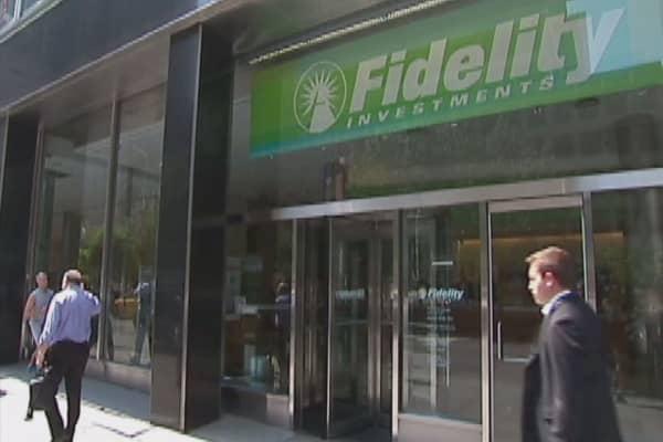 Fidelity pushes for student debt tax break