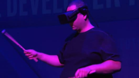 Intel unveils their wireless virtual reality headset today at the Intel Developer's Conference.