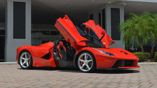 Ferrari LaFerrari, 2014, auctioned off by Bonhams