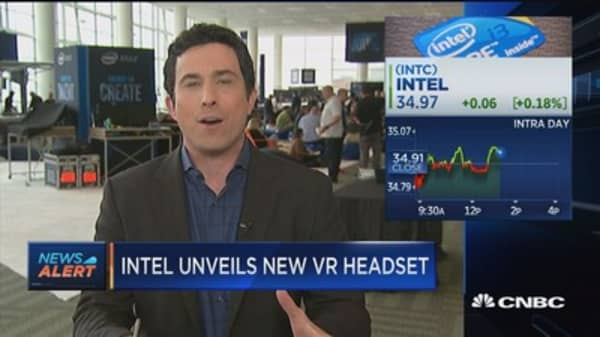 Intel CEO: VR is mainstream