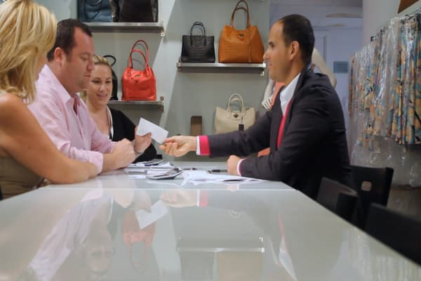 Marcus Lemonis: What a bad handshake could really say about a business partner
