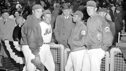 New York Mets opening day at the Polo Grounds. Don Newcombe, former Dodger mound ace, greets four of his old buddies as the Mets open home schedule. From left: Gil Hodges, Clem Labine, Newcombe, Charlie Neal and Roger Craig.
