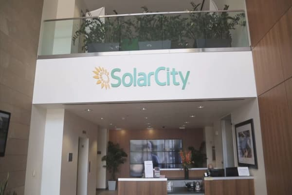 SolarCity announces operating cost cuts