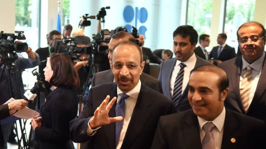 Khalid Al-Falih, Saudi Arabia's minister of energy and industry, center, arrives for the 169th Organization of Petroleum Exporting Countries (OPEC) conference in Vienna, Austria, on Thursday, June 2, 2016. Saudi Arabia is ready to consider a surprise deal with fellow OPEC members, attempting to mend divisions that had grown so wide many dubbed the group as good as dead.