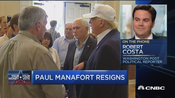 What impacted Manafort's decision to resign?