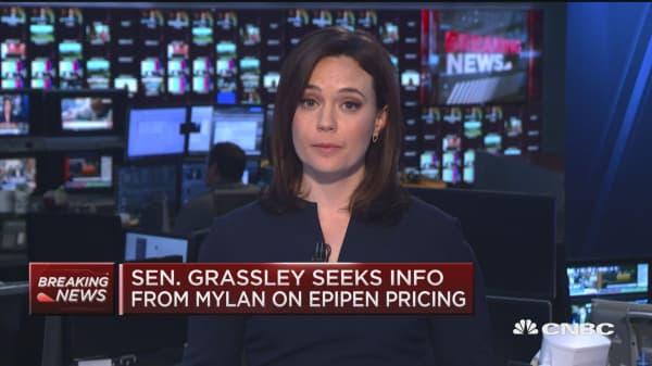 Sen. Grassley seeks info from Mylan on EpiPen pricing