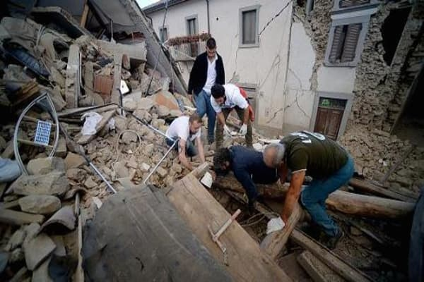 Italy suffers devastating quake