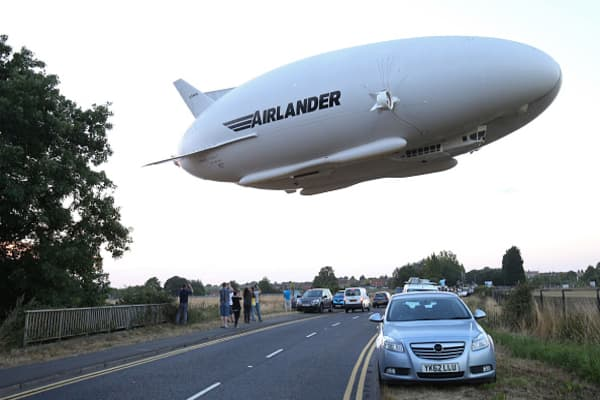 World's largest aircraft crashes