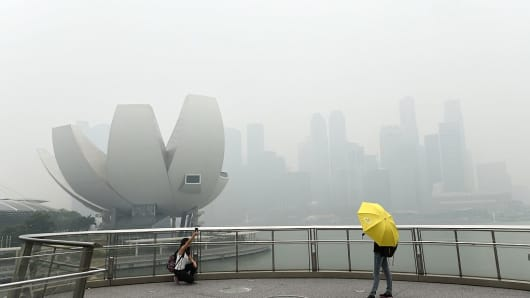 In 2015, Singapore experienced its worst pollution episode on record when the environmental agency's gauge was pushed into hazardous territory.