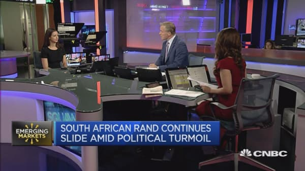 There's a struggle over government policy in South Africa: Expert