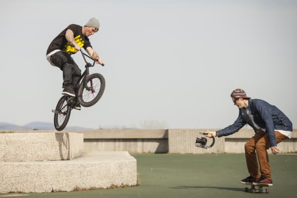 Filming sports, bmx. skateboarding