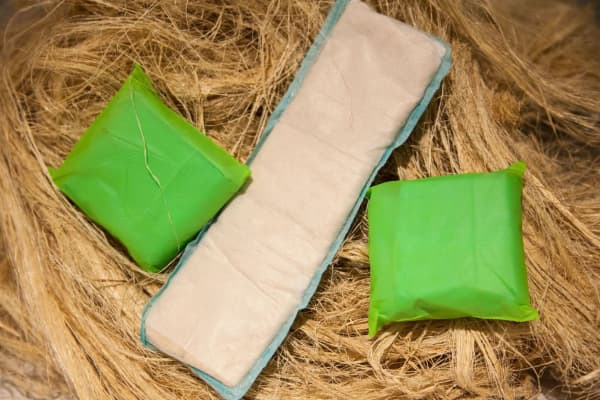 Go! pad with 2 wrapped pads on banana fiber.
