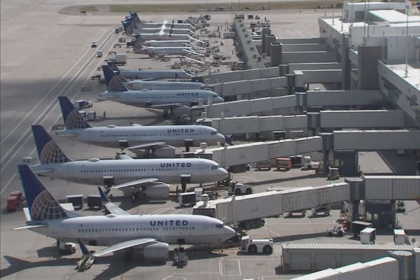 United Airlines pilots face intoxication charges