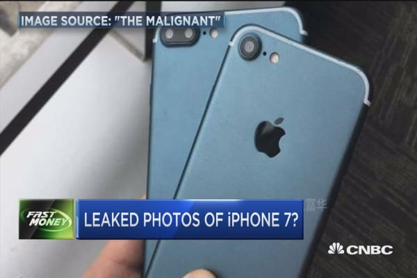 Leaked photos of iPhone 7?