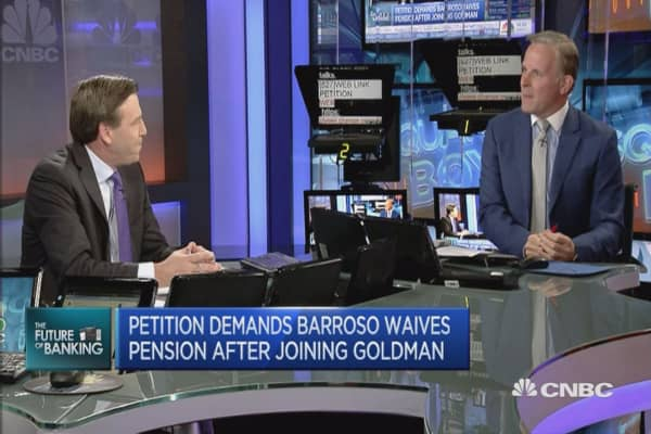 José Manuel Barroso under fire for Goldman Sachs job