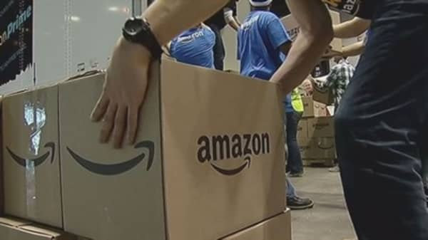 Amazon fighting counterfeiters