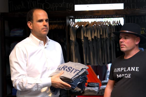 """Star of CNBC's """"The Profit"""" Marcus Lemonis guides Patrick DiLascia's eponymous clothing brand through inventory problems."""