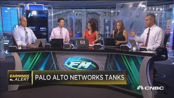 Palo Alto Networks tanks