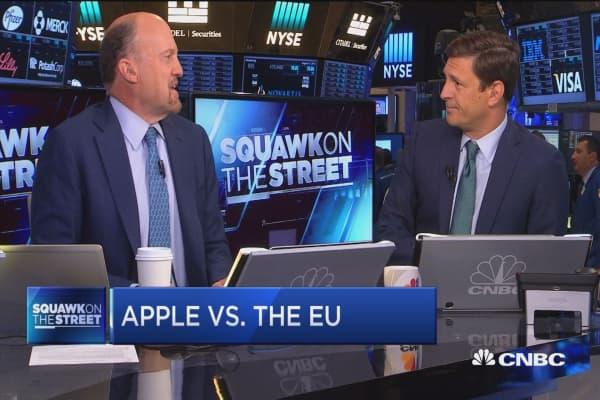 Cramer on Apple vs. the EU