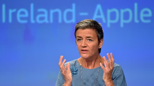 European Commissioner Margrethe Vestager gestures during a news conference on Ireland's tax dealings with Apple Inc at the European Commission in Brussels, Belgium August 30, 2016.