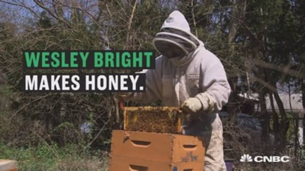 How to turn a vacant lot into money ... with honey