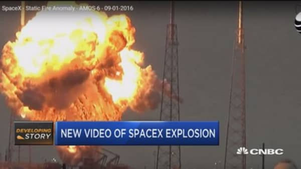 New video of SpaceX explosion