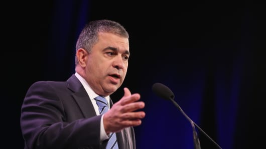 President of Citizens United David Bossie speaks to guests at the Iowa Freedom Summit on January 24, 2015.