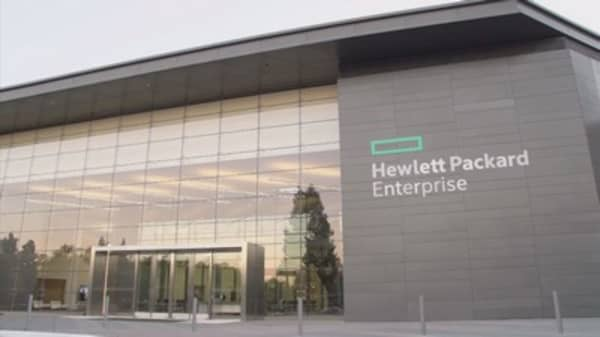 HPE in talks to sell its software division