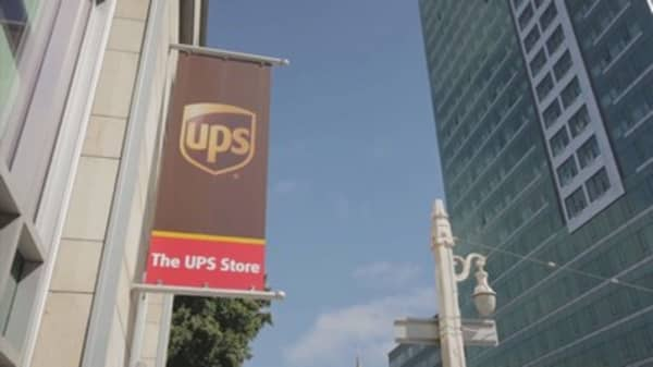 UPS to raise rates by 4.9%