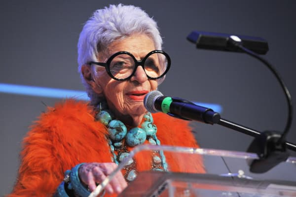 Saint Louis Fund 2015 Honoree Iris Apfel accepts her award during the Saint Louis Fashion Fund Gala 2015 on November 4, 2015 in St Louis, Missouri.
