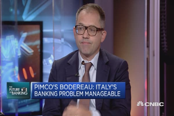 Italy's banking problem manageable: PIMCO