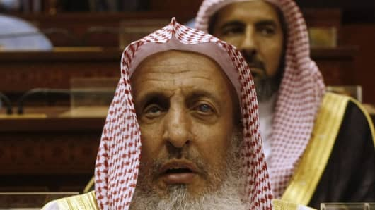 heikh Abdul Aziz al-Sheikh, the Saudi grand mufti.