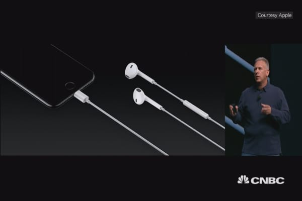 No headphone jack for iPhone 7