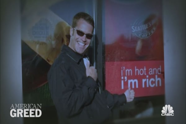 "American Greed: Sneak Peek - ""Seattle Roasted"" & ""The Stealing Socialite"