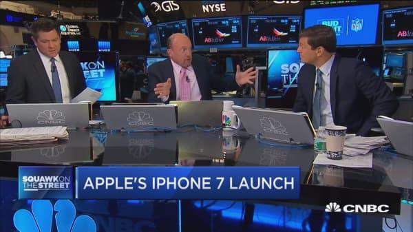 Cramer on Wells Fargo's downgrade of Apple
