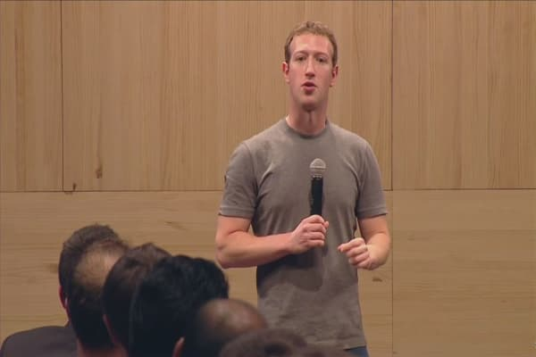 Mark Zuckerberg accused of abusing Facebook power