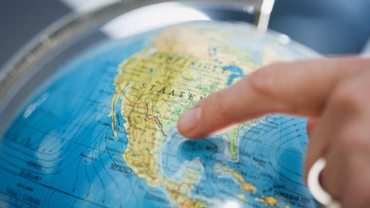 United States globe map