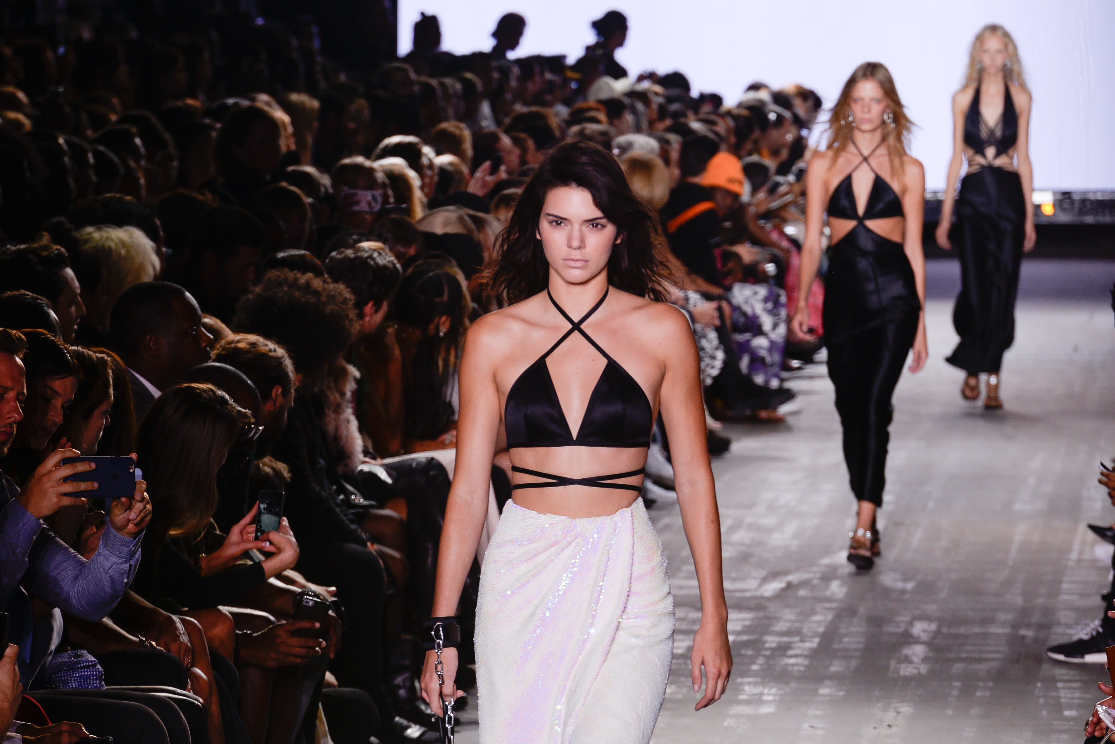 4b008b3d35 Who gets paid most at New York Fashion Week