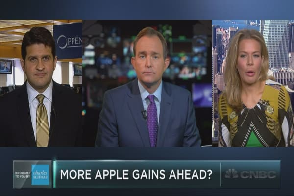 More gains ahead for Apple: Traders