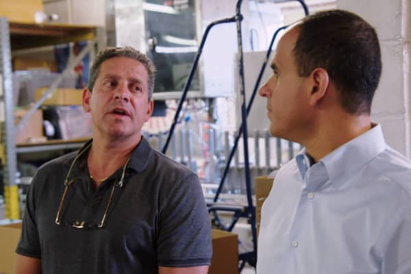 Marcus Lemonis helped Pennsylvania-based Coopersburg Sports owner Scott Pino transform his baseball bat business, adding new products and better inventory tracking.