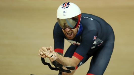 Bradley Wiggins competes in the Men's Team Pursuit Final at the Rio 2016 Olympic Games.